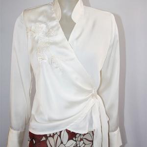 blusa cruzada