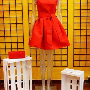 vestido corto rojo campana cerezas