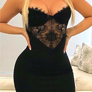 vestido sexy negro escotado