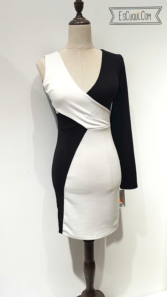 Vestido escotado una manga blanco y negro