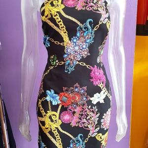 vestido estampado versace cadenas