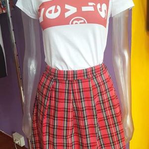 falda cuadros colegiala mujer