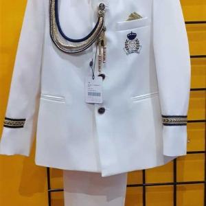 almirante niño cuello mao blanco