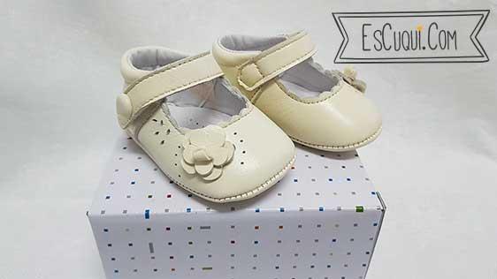 zapatos bebe sin suela beis