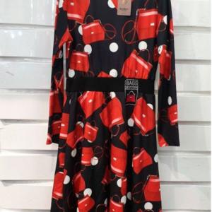 vestido estampado bolsos negro y rojo