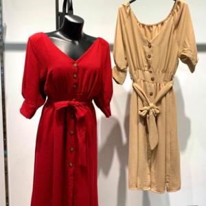 vestido rojo botones