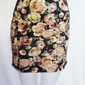 falda corta flores elastica cintura goma